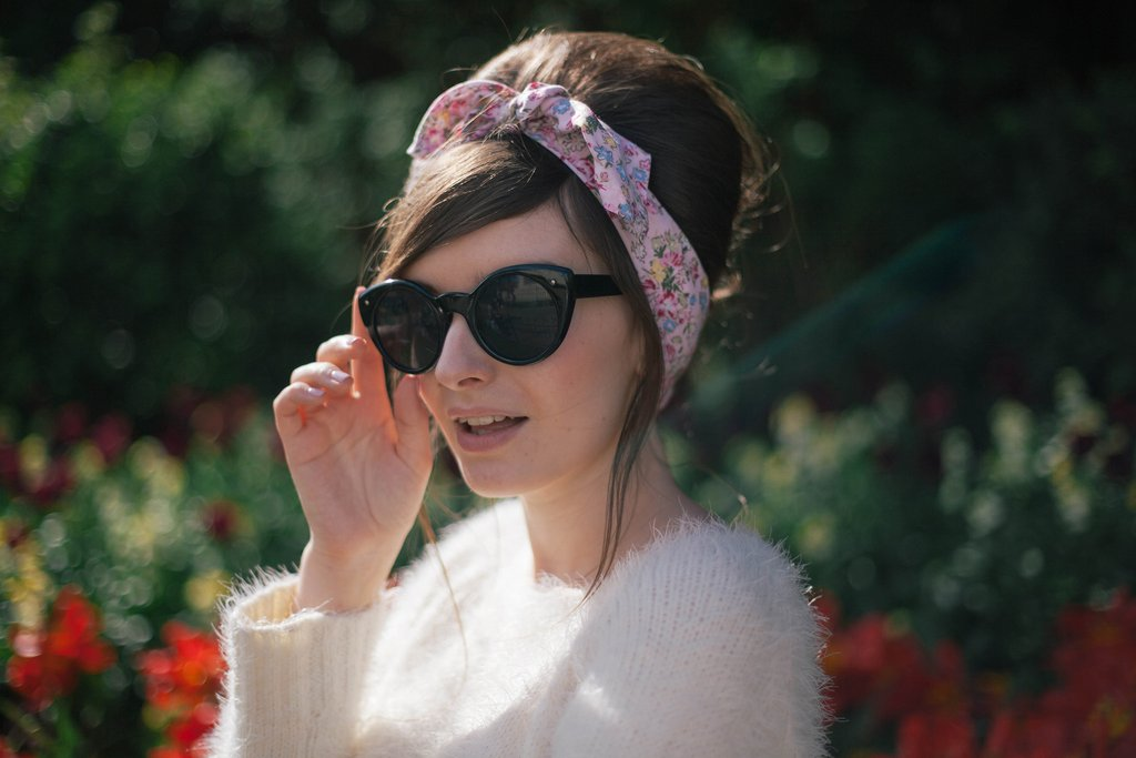 Scarf Style For Early Fall The Retro Revival